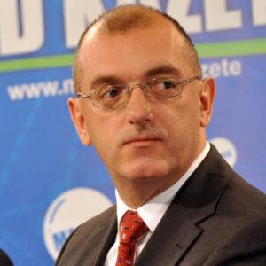 Драган Добрашиновић